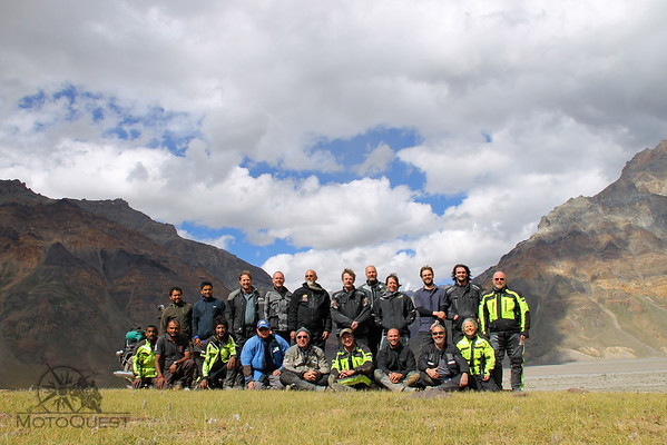 The whole group of India adventurers